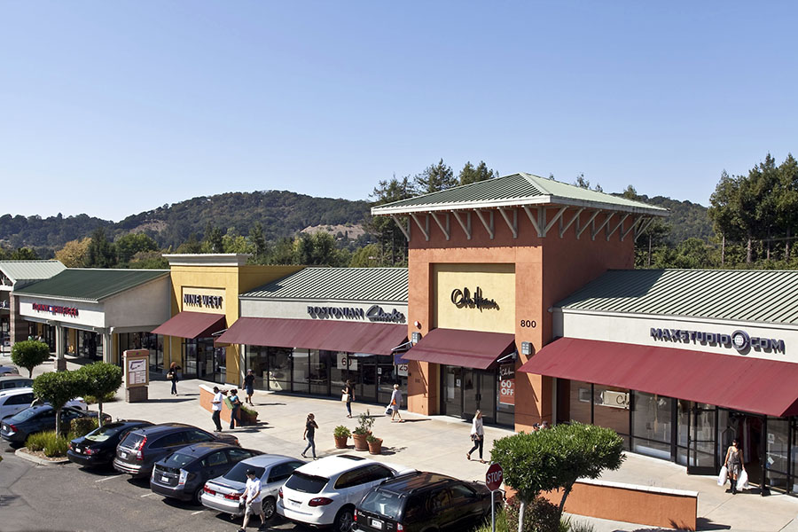 Napa-Premium-Outlets-Resized