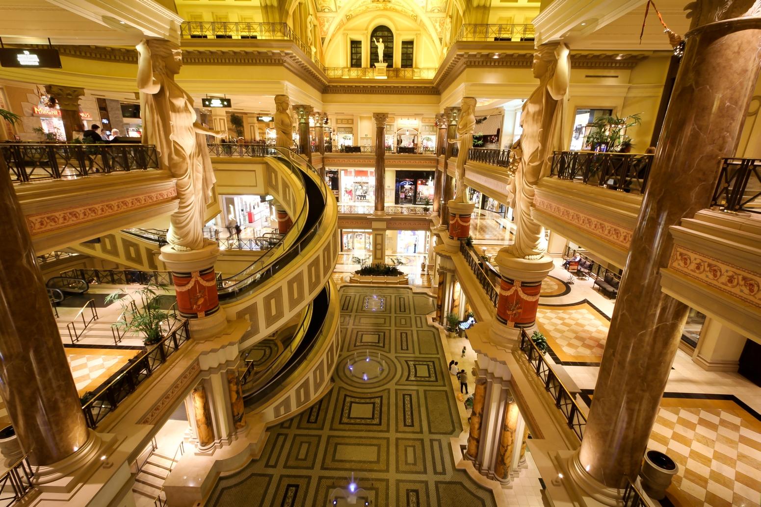 forum-shops-caesars-palace-30-1