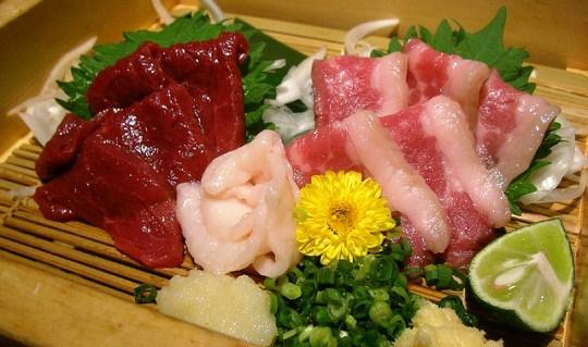 Horse-Meat-Sashimi-Japan