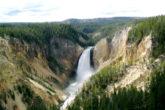 Yellowstone là công viên đầu tiên và xưa nhất thế giới, nằm ở phía tây nước Mỹ. Ảnh: nationalparks