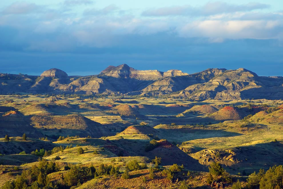 North-Dakota-Badlands-Overlook-Theodore-Roosevelt-National-Park
